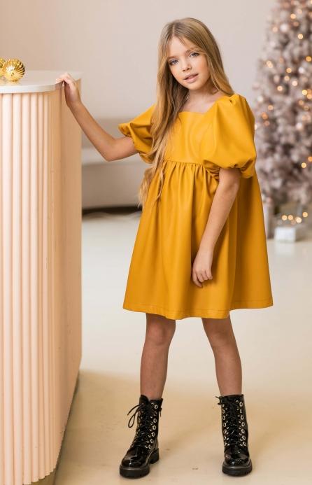 Платье из эко-кожи насыщенно-желтое