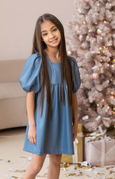 Платье из эко-кожи голубое