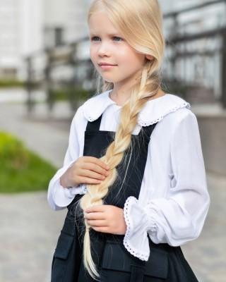 Блуза біла з мереживним комірцем