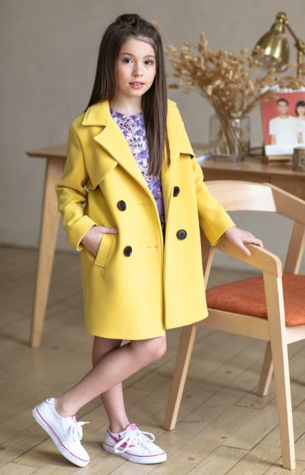 Пальто з кокеткою лимонне