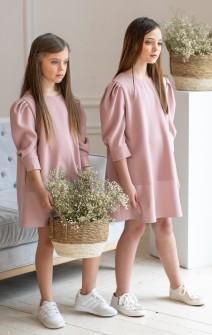 Сукня з рукавами-буфами рожева