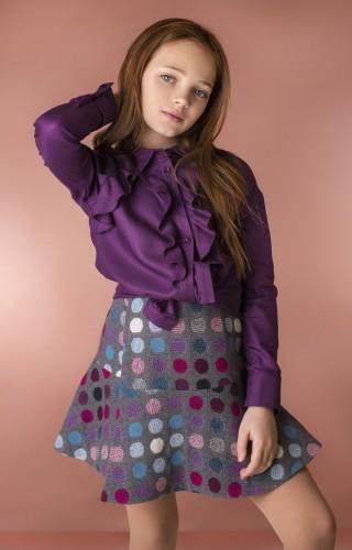 Блуза с воланами фиолетовая