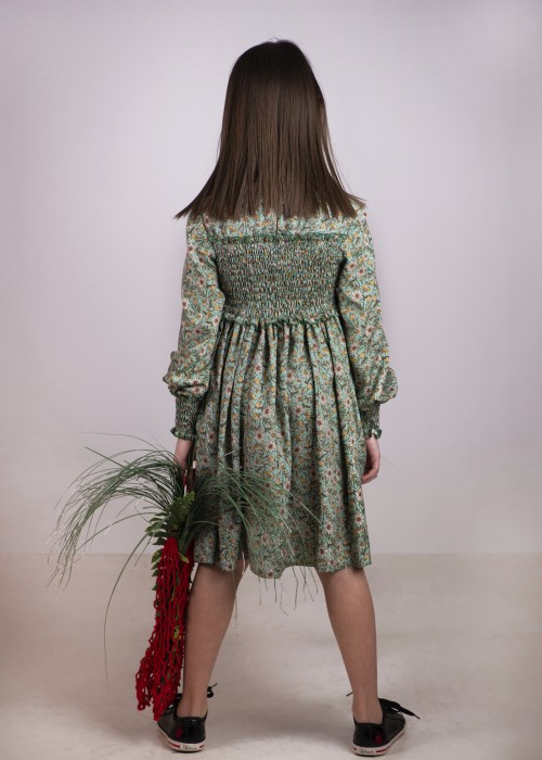 Сукня з ромашками