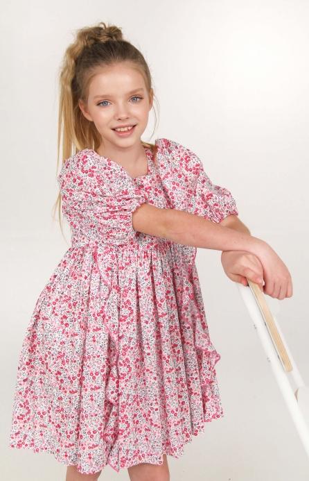 Платье пышное в мелкие цветы розовое