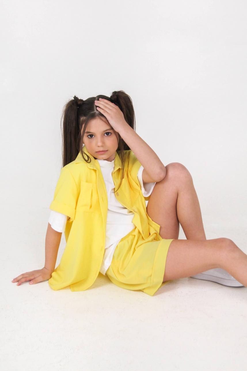Легка сорочка оверсайз жовта