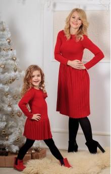 Вязаные платья для мамы и дочки красные