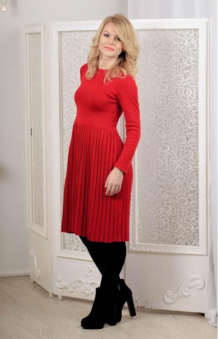 Сукня в'язана червона