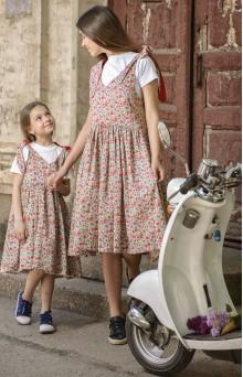 Цветочные сарафаны для мамы и дочери красные